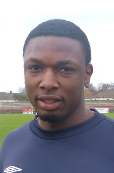 Mike Cestor Joins Boreham Wood on Loan from Leyton Orient